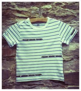 tričko vláček